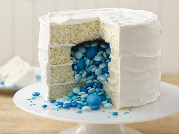 Gender Reveal Baby Shower Pinata Cake